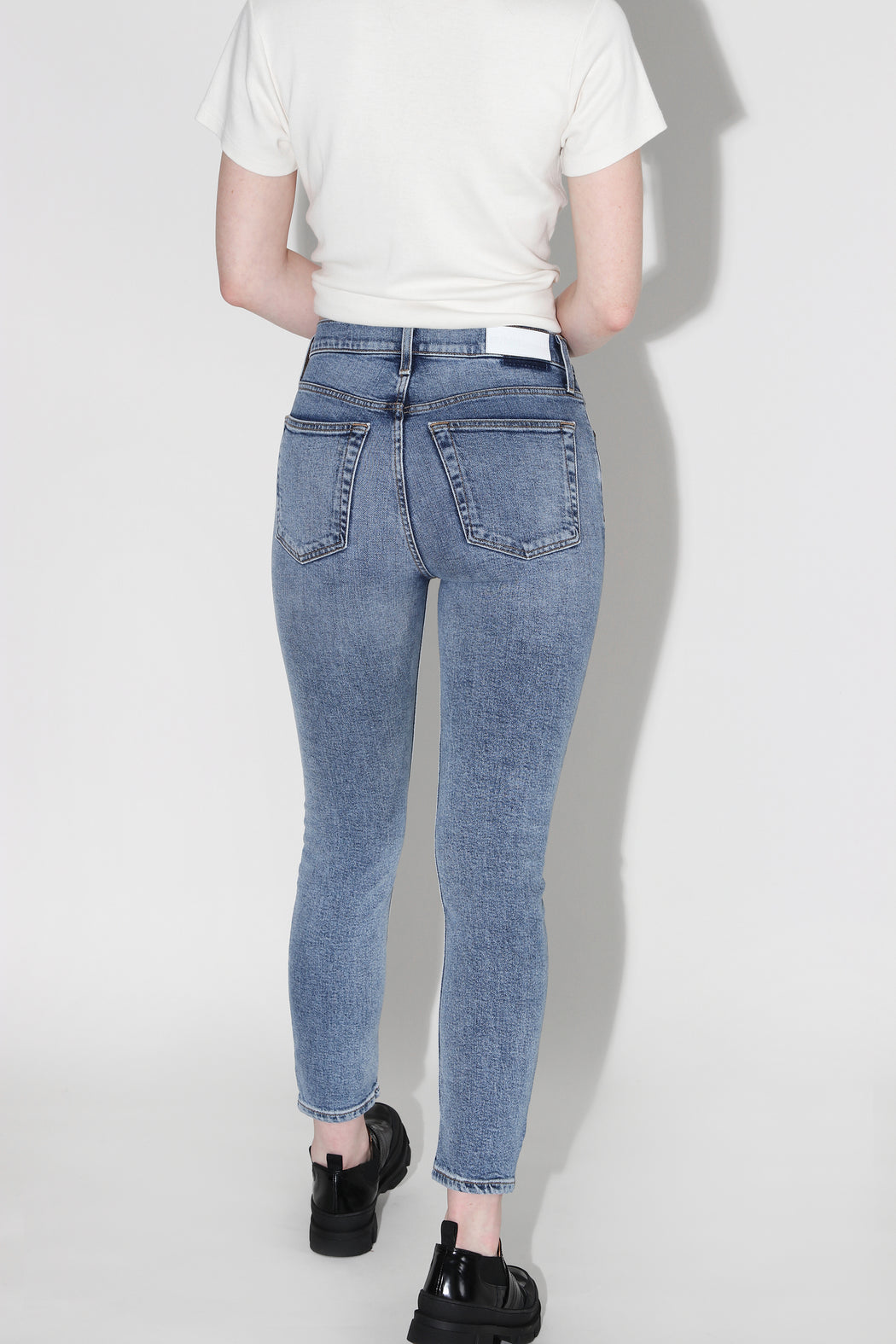 Redone High Rise Ankle Crop Jean Mid 90's