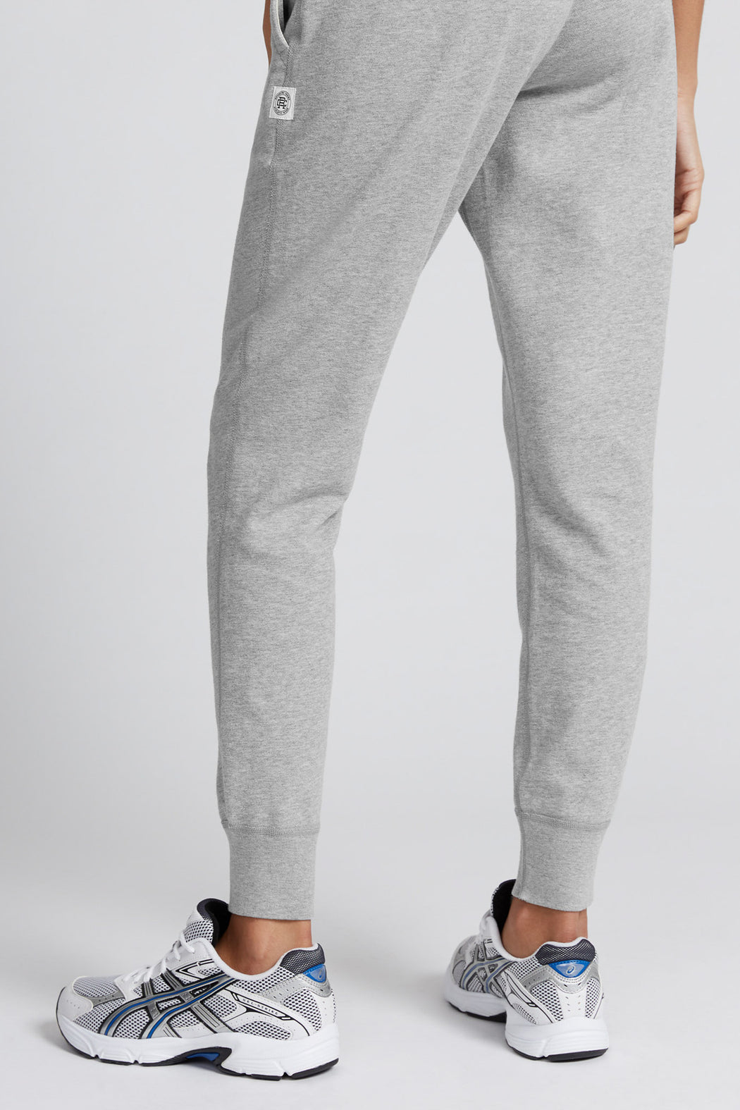 Reigning Champ Lightweight Slim Sweatpant in Heather Grey