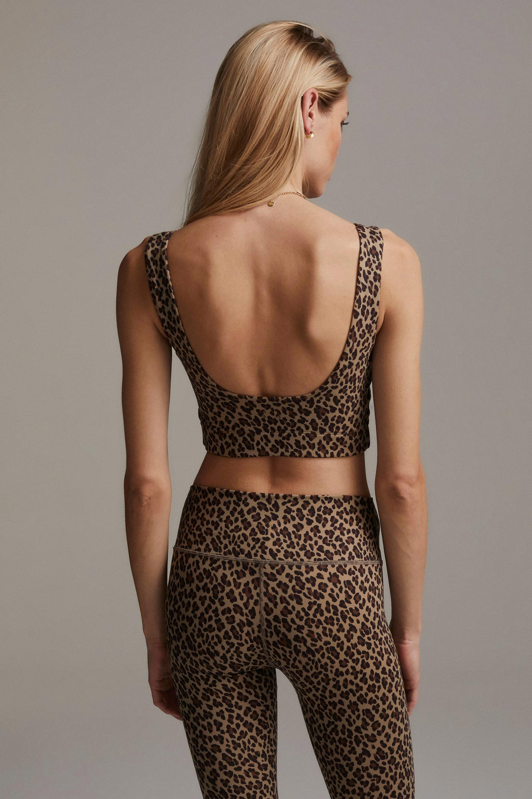 Varley-Delta-Bra-in-Coffee-Cheetah