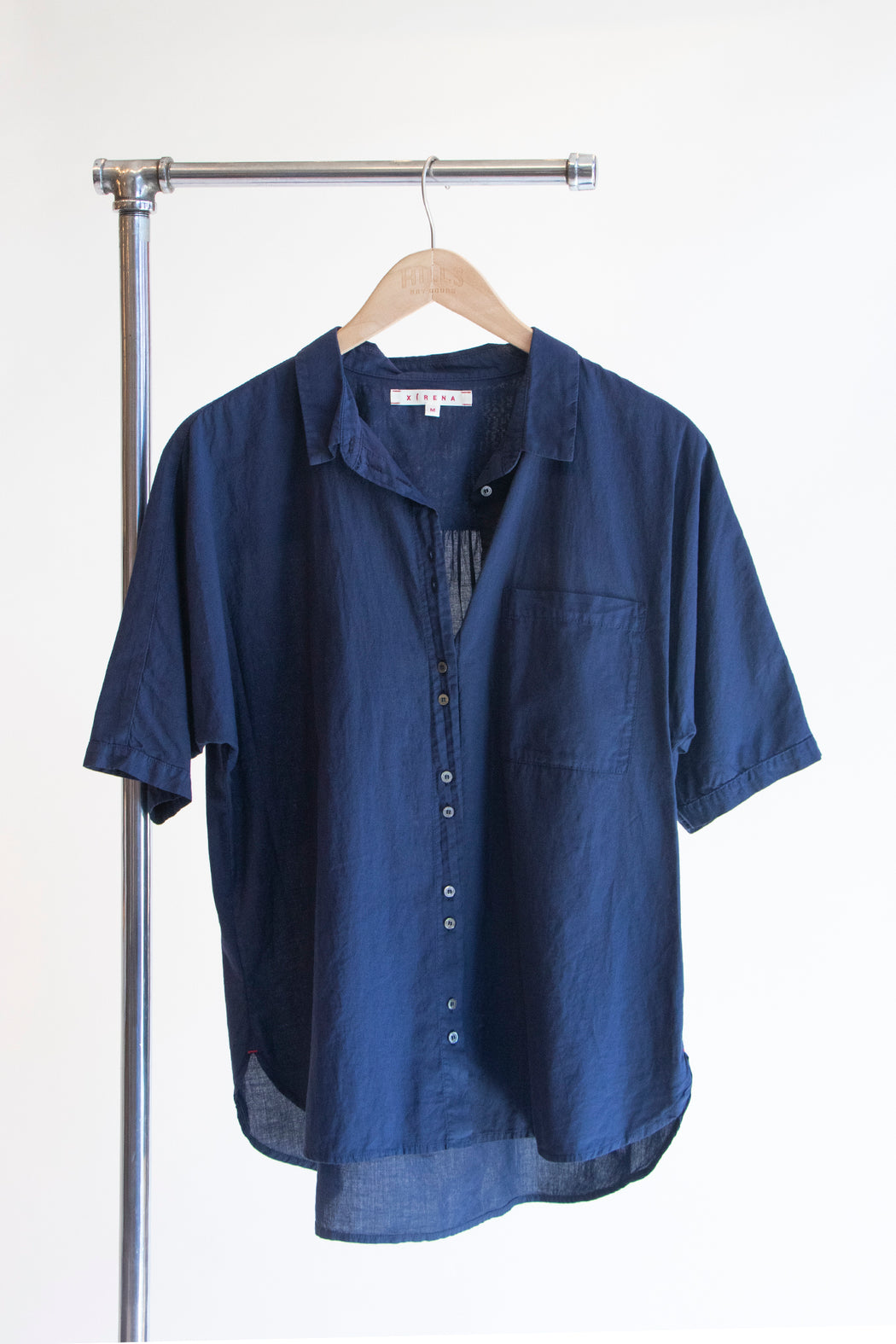 Xirena Jaylen Shirt in Marina Blue