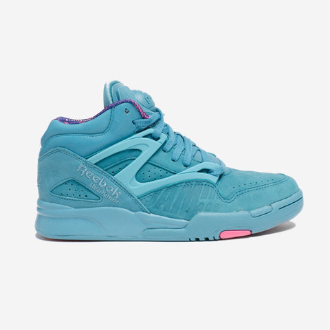 For the Spring 2016 season Lemar & Dauley x Reebok Classic have team... click for more information