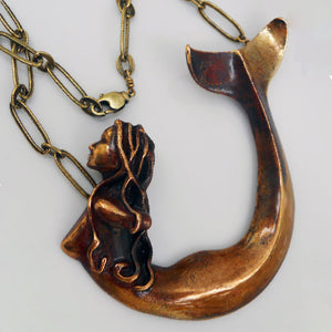 Load image into Gallery viewer, MERMAID NECKLACE