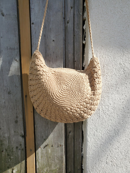 CROCHET HALF MOON BAG 1007 - Sylvie and Shimmy
