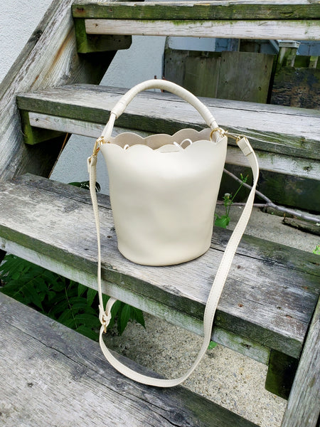 SCALLOPED BUCKET BAG 1009 - Sylvie and Shimmy