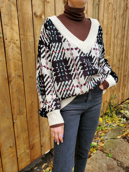 V NECK PLAID SWEATER 3023 - Sylvie and Shimmy