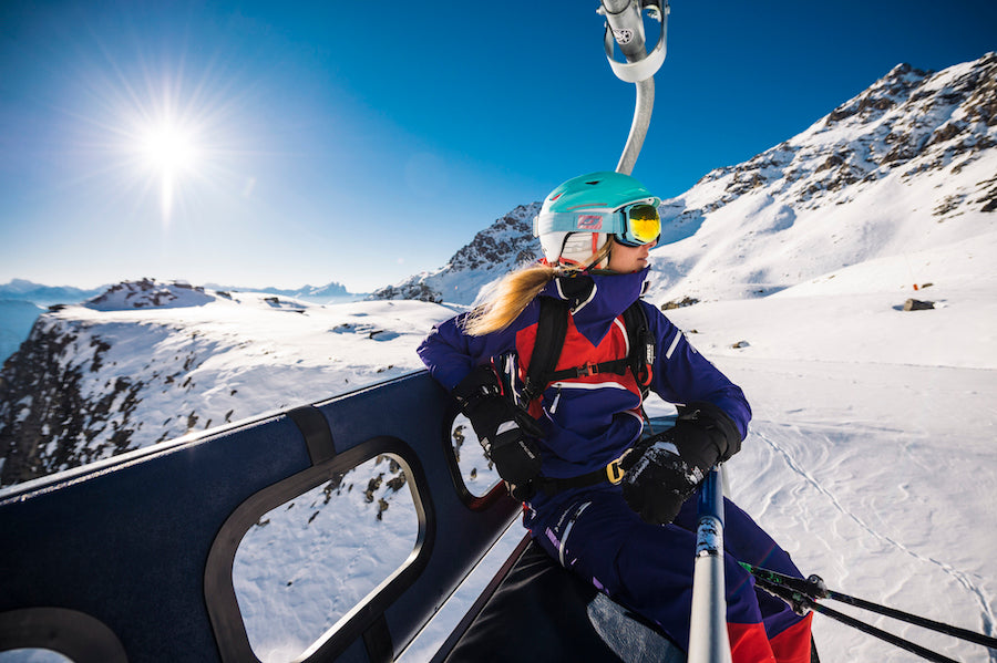 Snow goggles, skiing, snowboarding, snow gear, mountains in BC, mountains in British Columbia, ski resorts in British Columbia