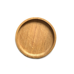Made in Canada oak all purpose serving plate, medium size.