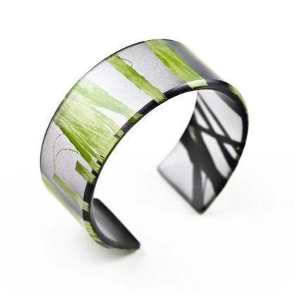 Made in Canada natural black eco resin and green seaweed bracelet.