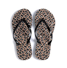 Load image into Gallery viewer, Leopard Tote and Flip-Flop Set