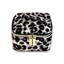Load image into Gallery viewer, Luxe Velvet Cube - Animal Print