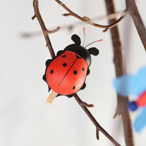 European Ware Haus Graupner Holzminiaturen Graupner Red Ladybug, Clip-on 33501