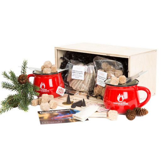 Gingerbread World European Ware Haus - Feuerzangenbowle Wooden Gift Chest