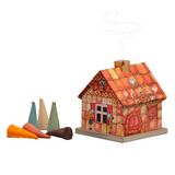 Gingerbread World Christmas Market Gift Chest - Smoker House Included
