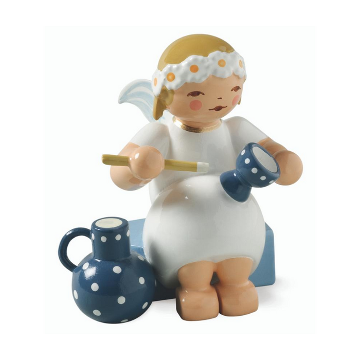 Gingerbread World Wendt and Kuehn Canada - Marguerite Angel with Goblet and Jug WK634-70-28