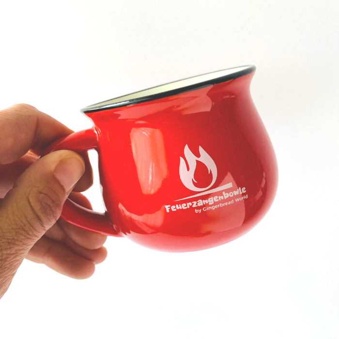 Gingerbread World - Feuerzangenbowle Mug 2019 - with hand in image