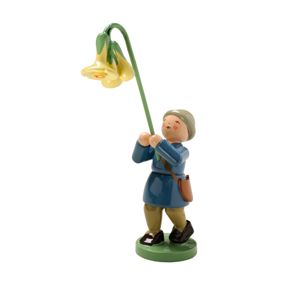 Gingerbread World Wendt Kuehn Blumenkinder - Boy with Cowslip 5248-2