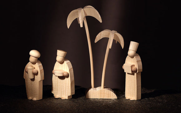 Gingerbread World Christkindlmarkt-online - Günter Reichel Natural Wood Nativity Scene - Three Kings or Three Wisemen