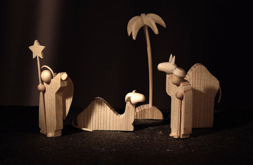 Gingerbread World Christkindlmarkt-online - Günter Reichel Natural Wood Nativity Scene handcrafted in Germany