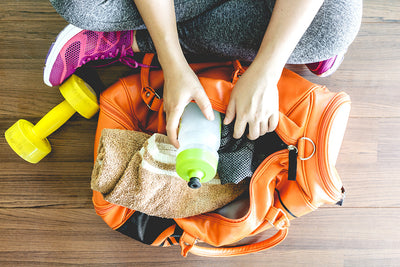 7 Essential Items to Keep in Your Gym Bag