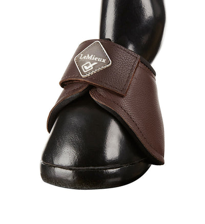 LeMieux Leather ProForm Over Reach Boots Marrón