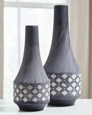 Dornitilla Signature Design by Ashley Vase Set of 2