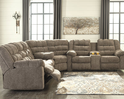 Workhorse Signature Design by Ashley 3-Piece Reclining Sectional