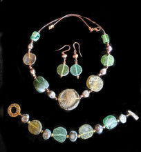 Load image into Gallery viewer, Roman Glass & Pearl Set - Sunroot Studio