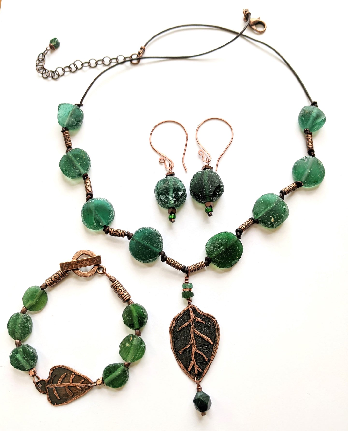 rustic leaf & roman glass set