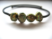 Jaclyn Dreyer - Pea Green Pearl Bounce Back Bracelet