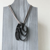 Lynne Tan - Porcelain Necklace - 3 S - Black