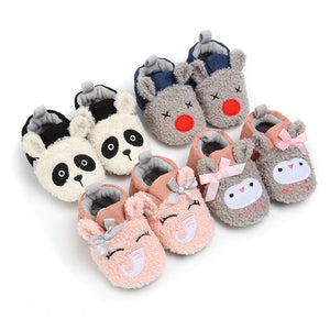 HsdsBebe Unisex Baby Fleece Slippers Infant Boys Girls Cartoon Soft Sole Anti-Slip Moccasins - Toddler Stay on House Crib Shoes