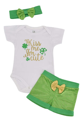 Unique Baby Girls 1st St Patricks Day Kiss Me I'm Cute Layette Set