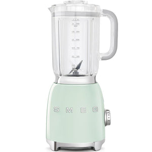 smeg-blender-in-pastel-green