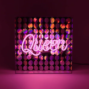 pink-queen-neon-ligh-box-by-locomocean