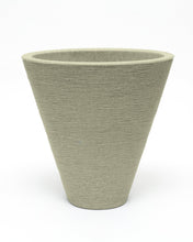 Load image into Gallery viewer, Creekside Oval Stone Planter