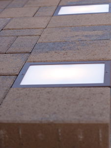 6x9 LED Paver Light with Paver Soldier Course - Nox Lighting