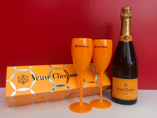 Veuve Clicquot Yellow Label (Brut) 75cl Champagne in unique new Comet Box + 2 drinking flutes