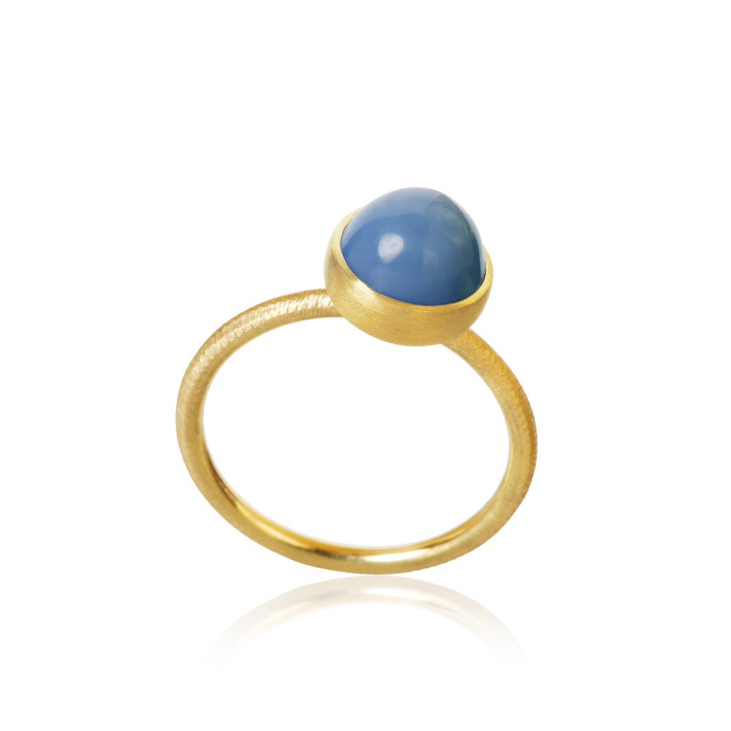 Pacific ring. Small top, with blue opal.