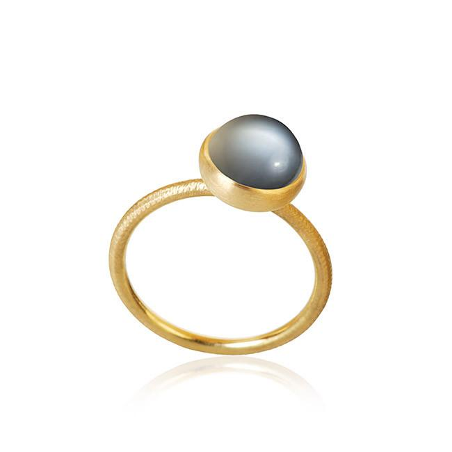 Pacific ring. Small top, with moonstone.