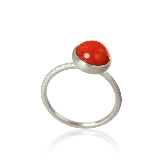 Pacific ring. Small top, with coral.