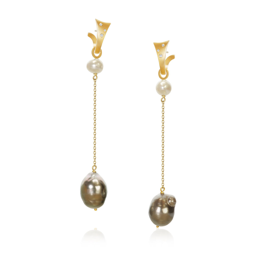 Piccolo Ocean pendants. With freshwater pearls and baroque Tahitian pearls.