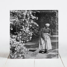 Load image into Gallery viewer, Aunt Phoebe, Caretaker at Magnolia Plantation - Charleston SC c.1901