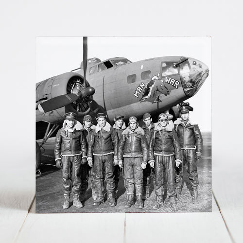 Crew of the Boeing B-17F Fortress Man-O-War c.1942