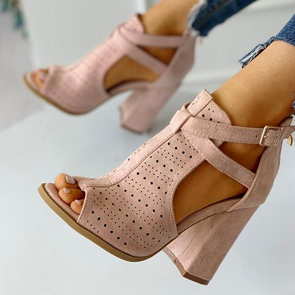 Kakimoda Peep Toe Hollow Out Chunky Heels Sandals