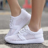 Kakimoda Breathable Fabric Cloth Sneakers Platform Slip On Sneakers