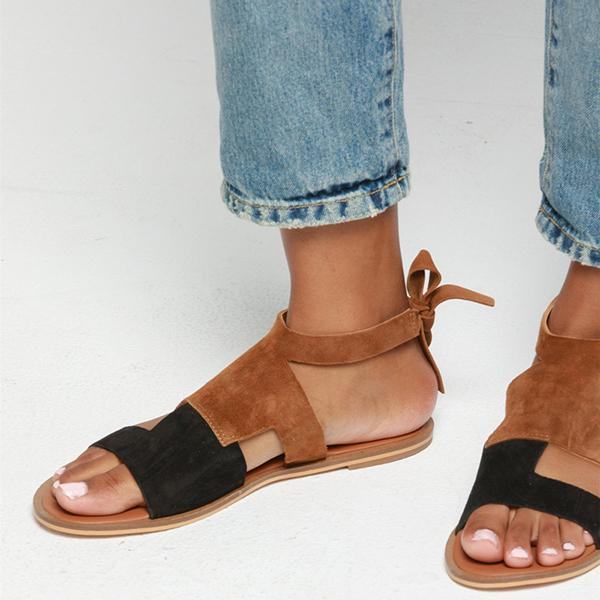Kakimoda Hollow-Out Flat Heel Daily Suede Flat Sandals