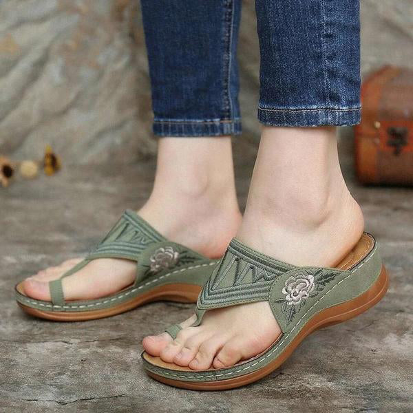Kakimoda Embroidery Comfy Wedges Sandals