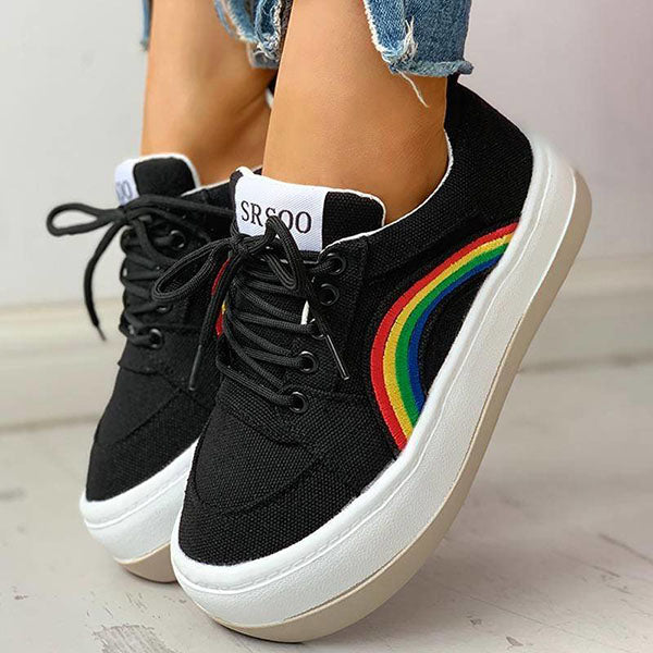 Kakimoda Rainbow Pattern Eyelet Lace-Up Casual Muffin Sneakers