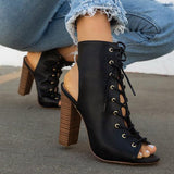 Kakimoda Solid Color Cross Straps Chunky Heel Ankle Boots
