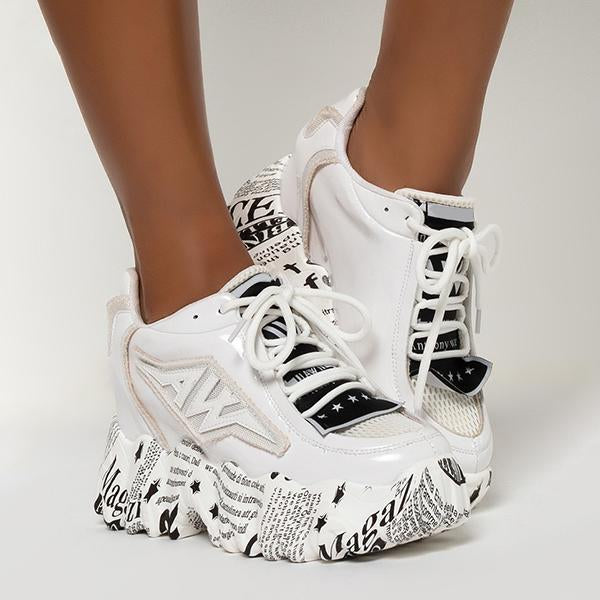 Kakimoda Chunky Lace-Up Wave Sneakers
